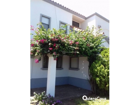 Townhouse en Santo Domingo cod: C194J