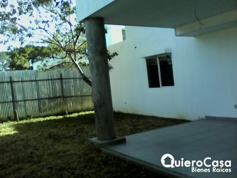 Casa en Esquipulas 2 plantas cod: C220R