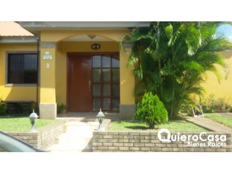 Preciosa casa ubicada en Palmetto C294J