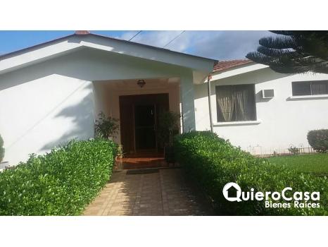 Venta de Preciosa casa en Las Colinas