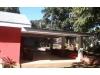Venta y Alquiler de Amplia Casa Con Piscina en Carretera Sur