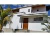 Se Vende Lujosa Casa en Los Robles