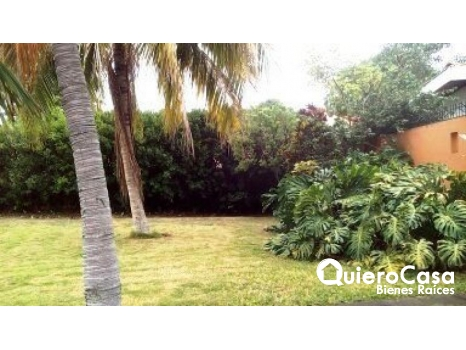 Hermosa casa zona hippos- Reparto San Juan