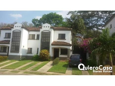 Apartamento Amueblado en Santo Domingo,