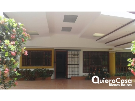 Alquiler de Bonita Casa en Santo Domingo