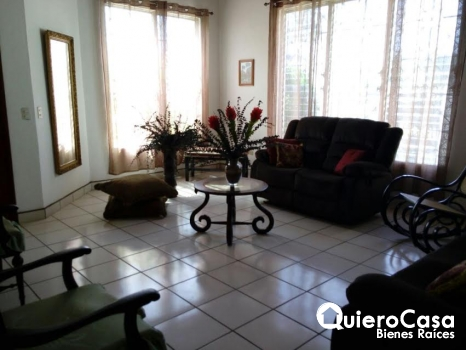 Alquiler de casa en Villa Fontana con o sin muebles