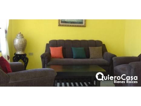 Bonita Casa Amueblada en residencial Las Palmeras