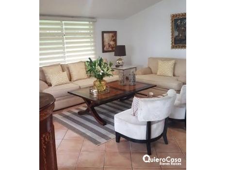 Preciosa casa en el Mirador de Santo Domingo