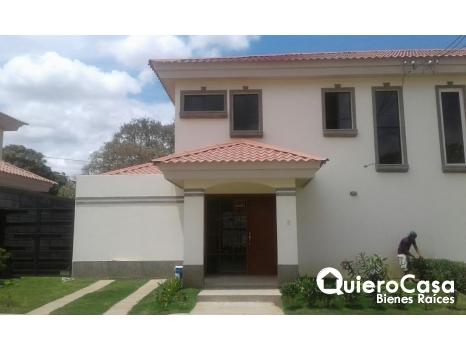 Alquiler de casa amueblada en Villa Fontana