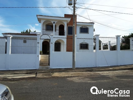 Casa en alquiler en Estancia de Santo Domingo