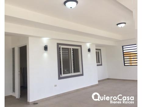 Se renta bonita casa en Carretera Masaya