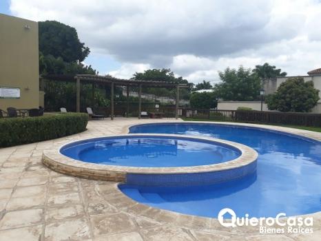 Bonita casa en venta en Las Colinas