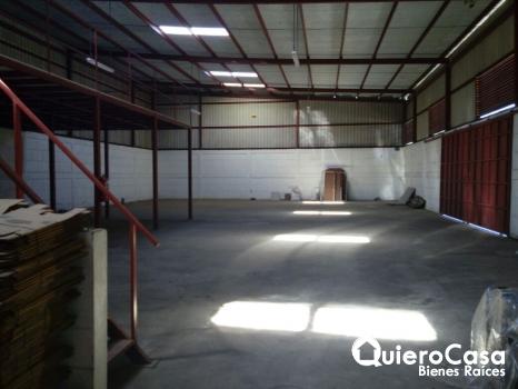 Renta de bodega en carretera Nueva a León