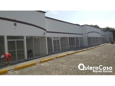 Hermoso local por Galerías Santo Domingo