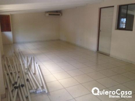 Oficina en renta en Los Robles