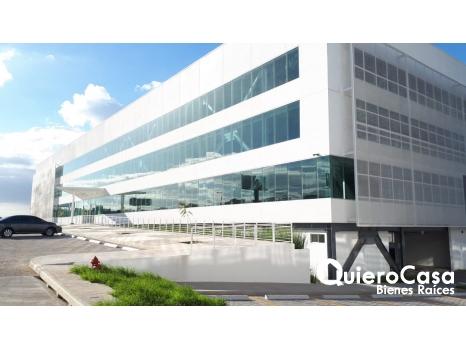 Renta oficinas en oficentro San Dionisio