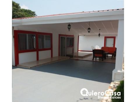 Alquiler de casa amueblada en Las Colinas