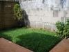Se alquila casa semiamueblada en villa fontana