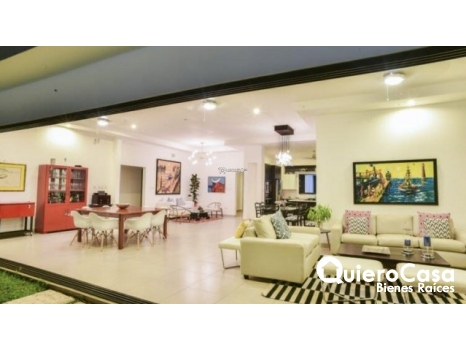 Moderna casa amueblada  en Renta  Santo Domingo
