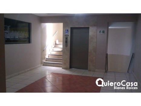 Se renta oficina de 92 mts2 en Villa Fontana