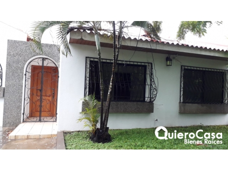 Preciosa casa ubicada en Alamedas de Santo Domingo