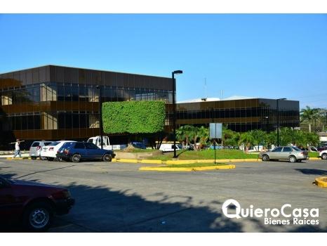 Alquiler de oficina de 132 mts2 en ofiplaza