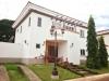 Se renta  bonita casa en Las Colinas
