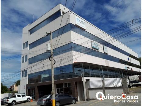 Se renta oficina de 780 mts2 en Villa Fontana,