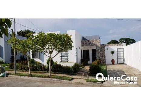 Preciosa casa en Alamedas de Esquipulas