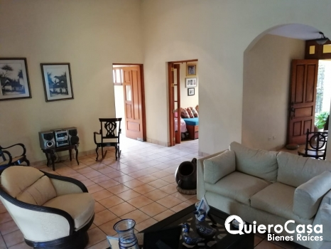 Se renta hermosa casa en Reparto San Juan