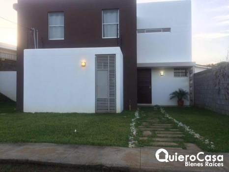Renta/Venta Preciosa casa  en Las Colinas