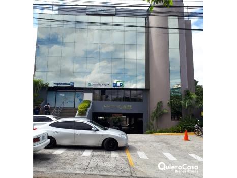 Se Renta oficina de 305 mts cerca del edificio Pellas