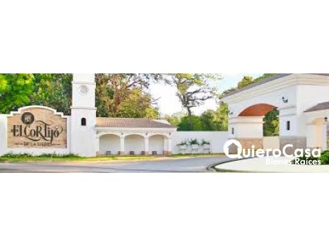 Amplia casa en El cortijo de la Sierra.