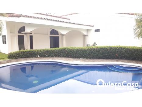 Espectacular y amplia casa en Santo Domingo
