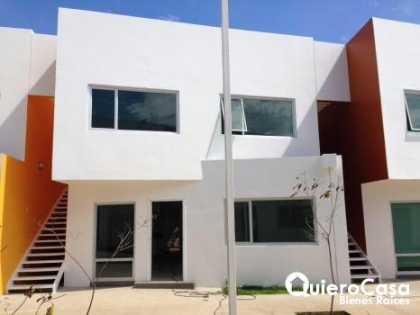 Venta de Apartamento en condominio La calzada Carretera sur. AK0164