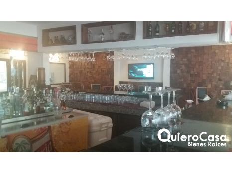 Renta de Local comercial Amueblado para restaurante o sport bar LK0202