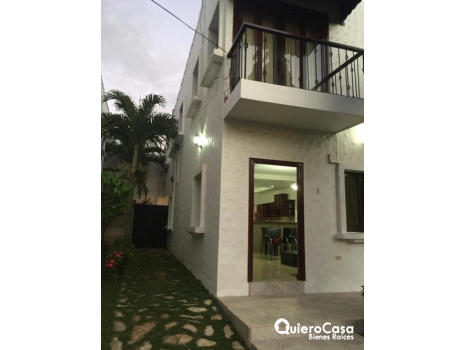 Venta de Hermoso townhouse en Puntaldia totalmente amueblado