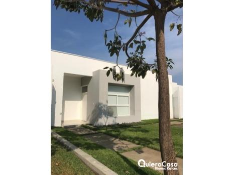 Preciosa  casa minimalista