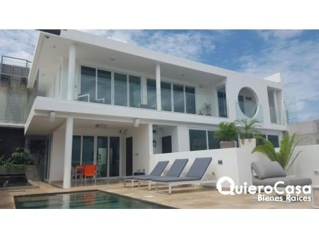 Preciosa casa en Reparto lomas  El Consuelo.