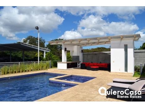 Renta de hermoso apartamento amueblado en Pinares de Santo Domingo