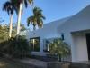 Moderna casa en renta.