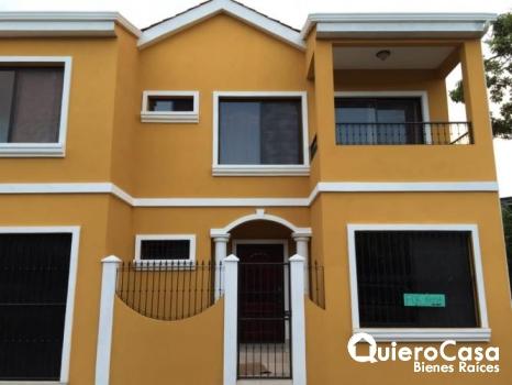 Se vende casa en el corazón de San Juan del Sur
