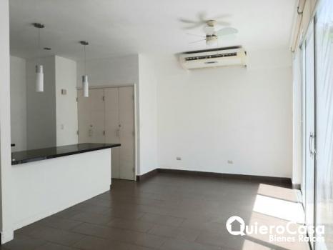 Moderno apartamento en renta.