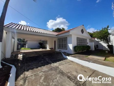 Casa en renta en Las Colinas