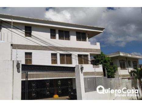 Se vende complejo de Apartamentos en Lomas del Valle
