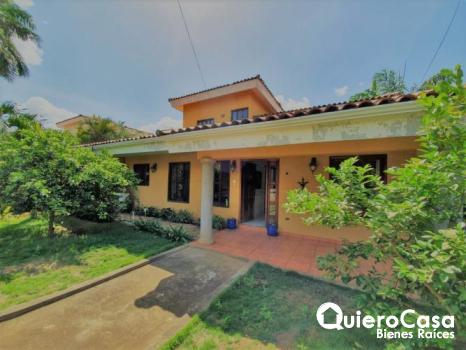 Preciosa casa en venta en Lomas de San Angel