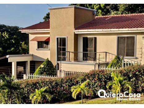 Preciosa propiedad en renta en villa Fontana