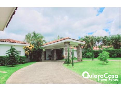 Preciosa propiedad en renta en Santo Domingo
