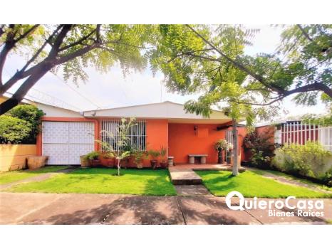 Hermosa propiedad en venta en Los Robles