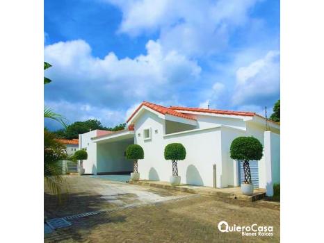 Preciosa residencia en venta en Santo Domingo